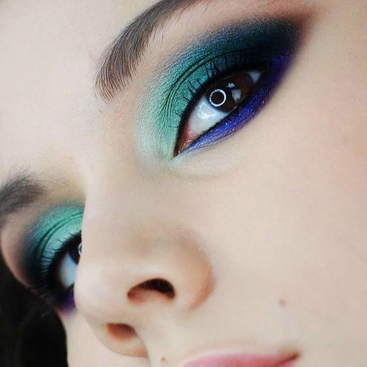 Какой макияж был последним писком моды в год вашего рождения?