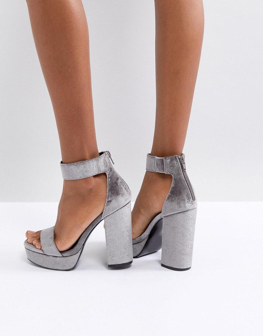 Сладкая парочка: 9 стильных моделей обуви к вашему новому платью