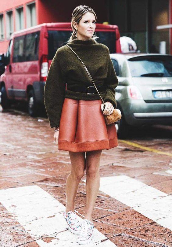 10 смелых образов, в которых свитер сочетается с юбкой. Шикарно!