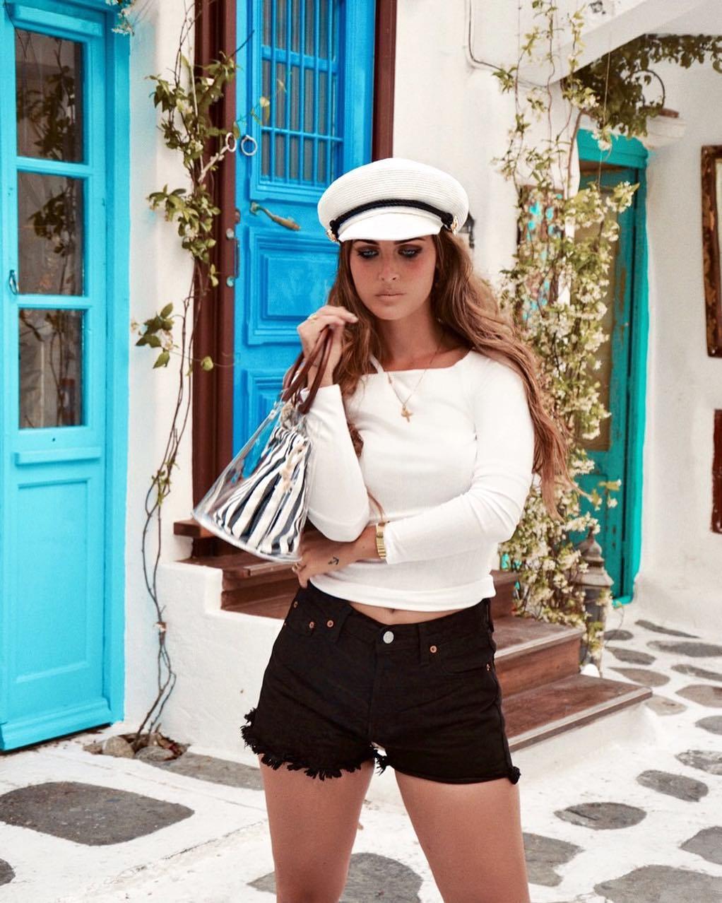6 ярких доказательств, что черный летом — носить можно. И даже нужно!
