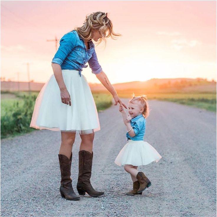 Какая мама, такая и доча: 15 невероятно милых семейных образов