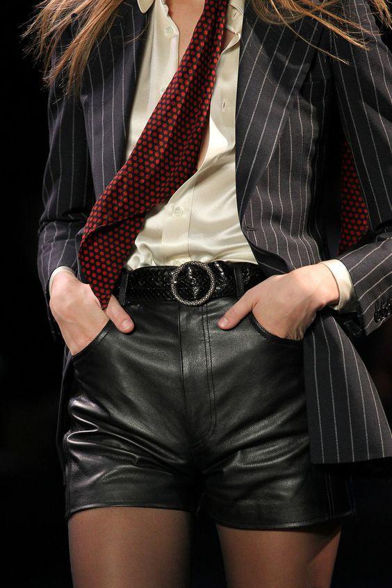 5 фасонов шорт, которые уже давно устарели и вернутся в моду не скоро
