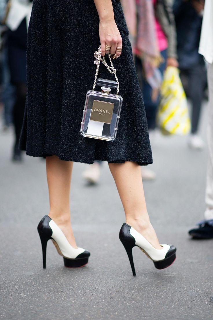 Будь в тренде: 9 сумок, которые вскружат голову всем модницам этим летом