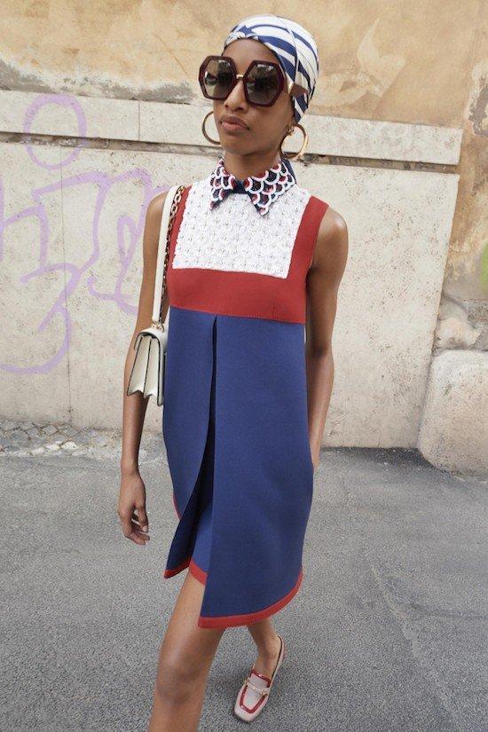 Смелые принты и сложные платья — лучшие образы из коллекции Valentino Resort 2019