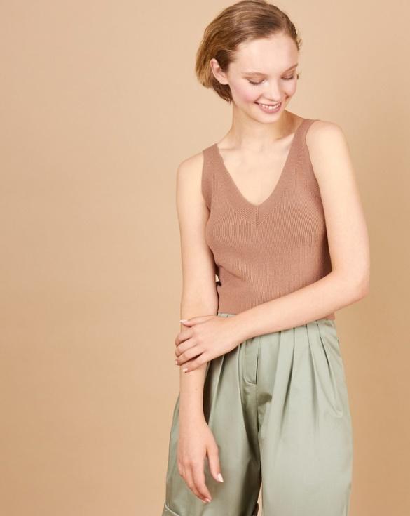 Почему бы и нет? 9 примеров, как носить вязанные вещи летом