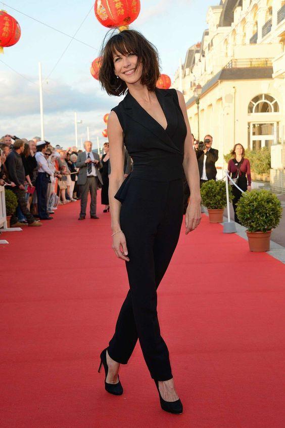 Гардероб настоящей француженки: 10 идей от актрисы Софии Марсо