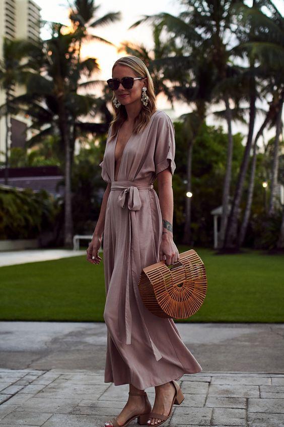 Как носить плетеную сумку, чтобы быть в тренде и все хотели такую же