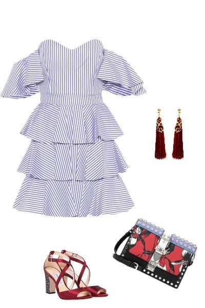 В цвете моря: 6 способов носить голубое платье,чтобы все оборачивались