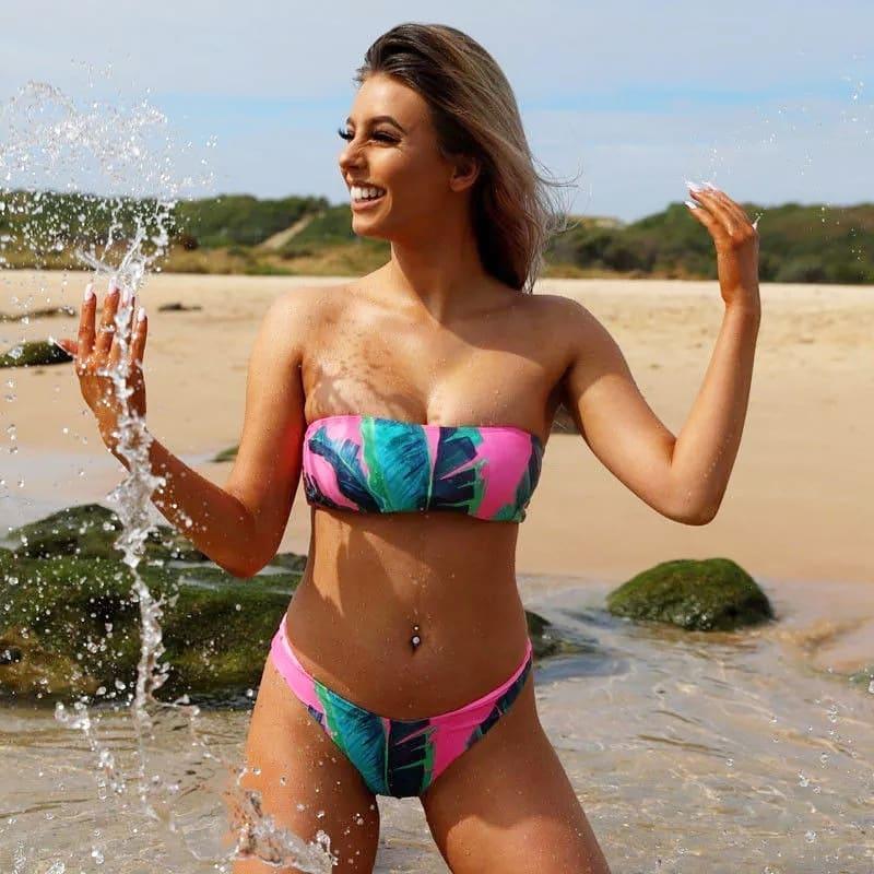 Загорать — красиво: 8 купальников, в которых вы будете королевой пляжа