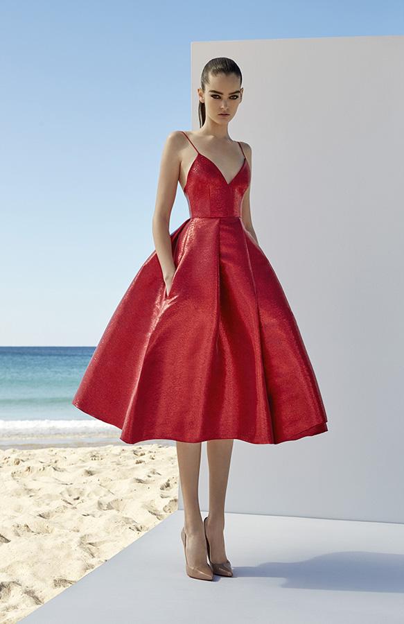10 вечерних платьев от Алекса Перри, мимо которых невозможно пройти