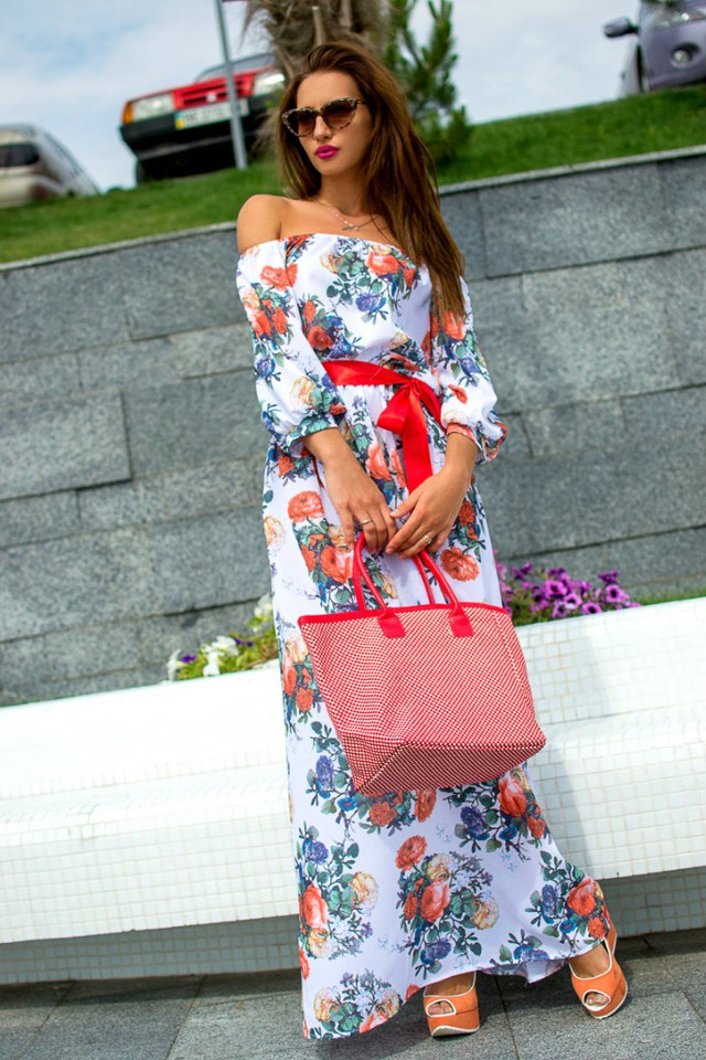 Лето по максимуму: 35 платьев в пол, которые вас очаруют