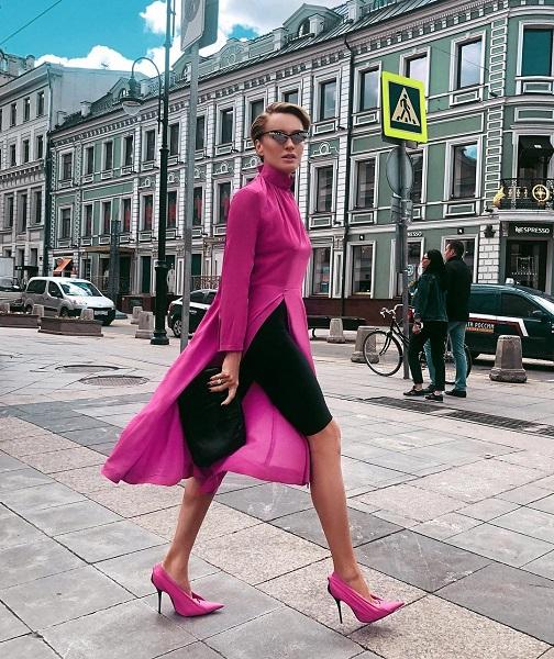 15 образов от самой стильной женщины России по версии HELLO — Тети Моти