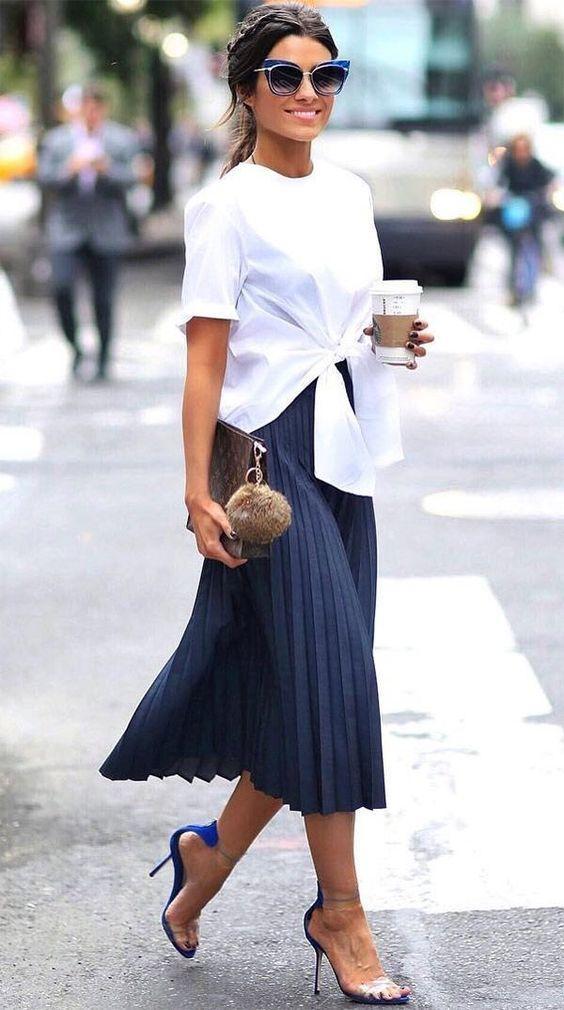Как носить юбку-плиссе, чтобы быть в тренде, а не выглядеть как бабушка (8 идей)