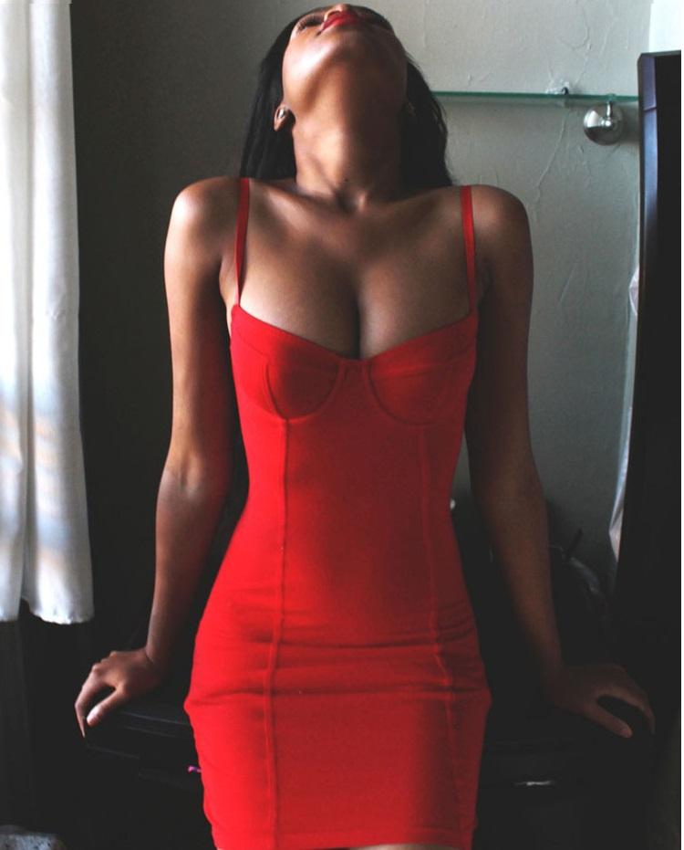 Образы — огонь: 10 соблазнительных нарядов в красных тонах