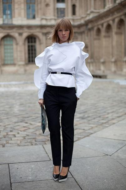 Буфы, воланы, фонари: блузы с необычными рукавами – тренд 2018
