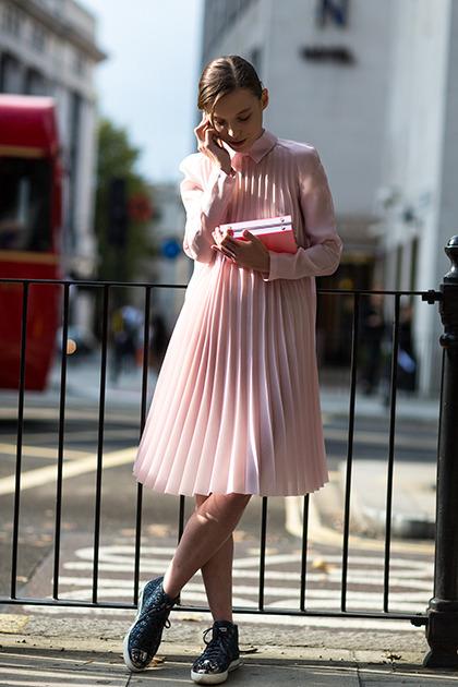 Эти 14 образов в нежно-розовом цвете легко покорят всех мужчин вокруг