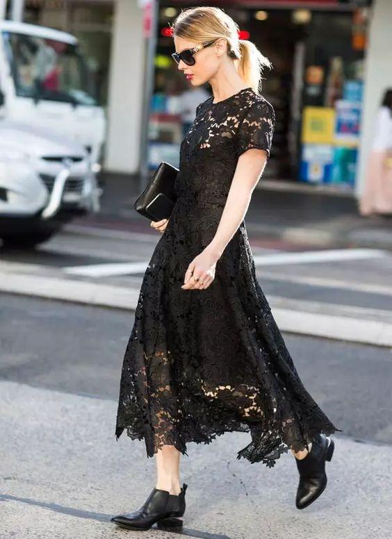 Черный цвет яркого лета: 13 способов носить сетку, кружево и гипюр