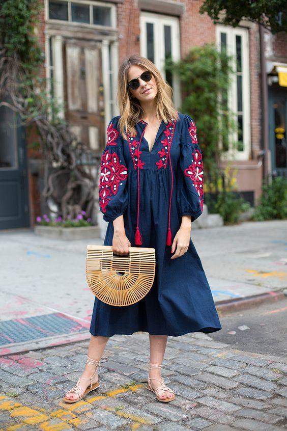 7 платьев с вышивкой, за которые и душу продать не жалко