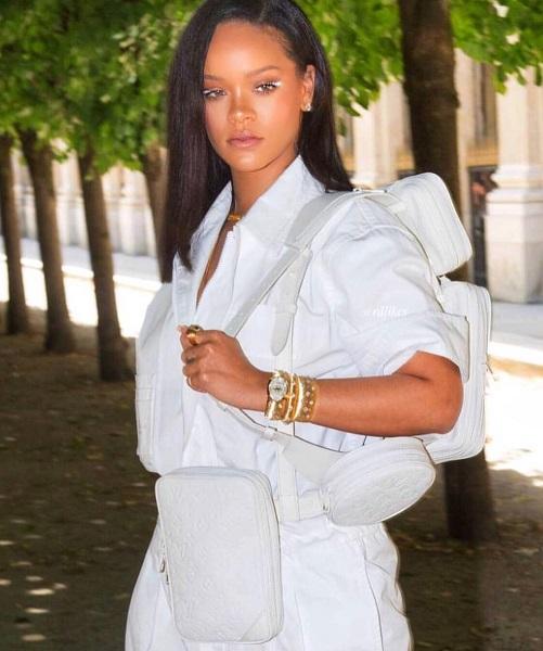 Это будет новый тренд: как носит сумку Рианна и почему все хотят это повторить