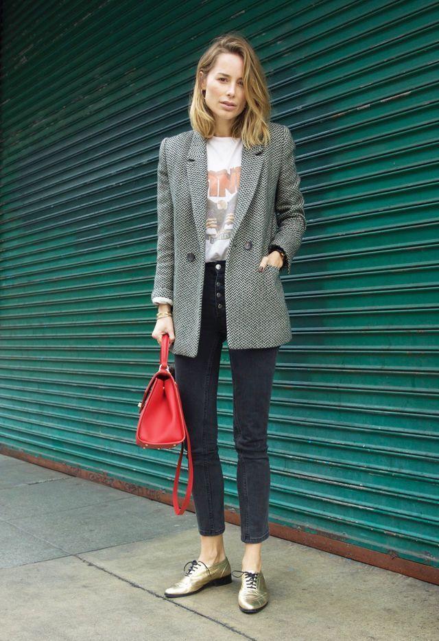 14 идей, как носить серый цвет и не затеряться на фоне серой стены