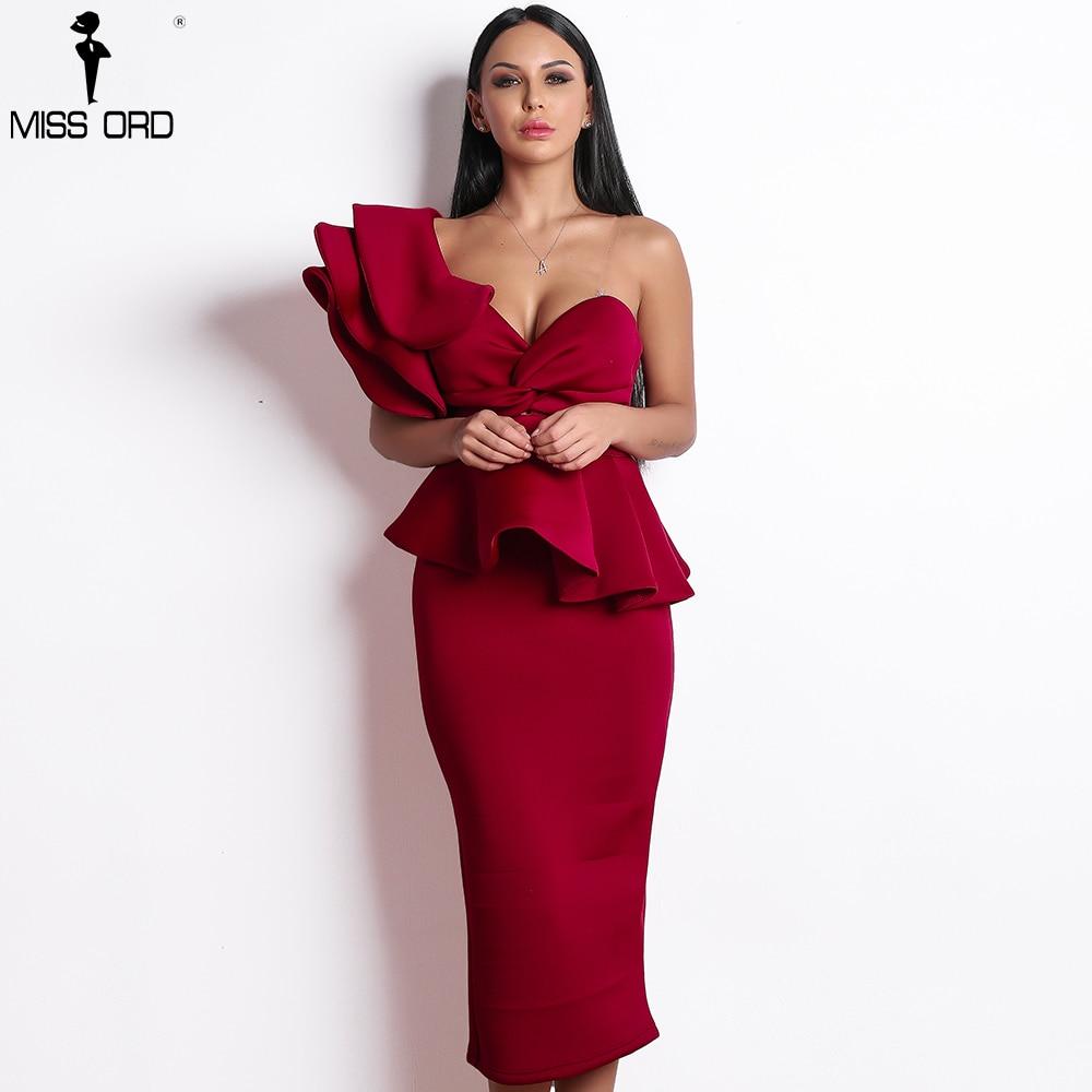 Просто находка: 7 роскошных вечерних платьев с АлиЭкспресс до 3,000 рублей