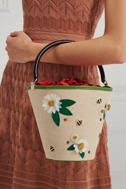 5 главных причин купить себе сумку-ведро этой осенью