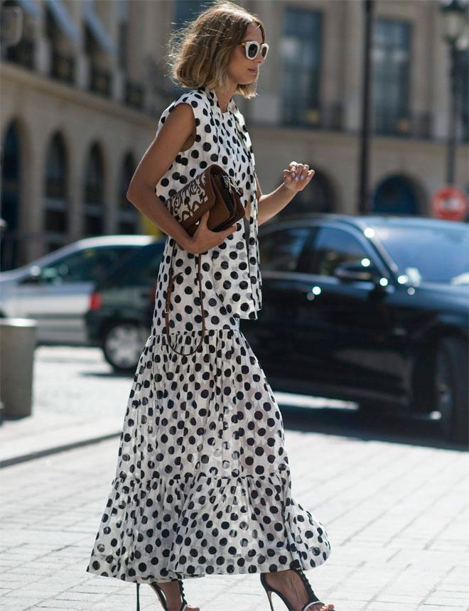 Любая погода по плечу: 5 стильных платьев в горох, которые так и хочется примерить