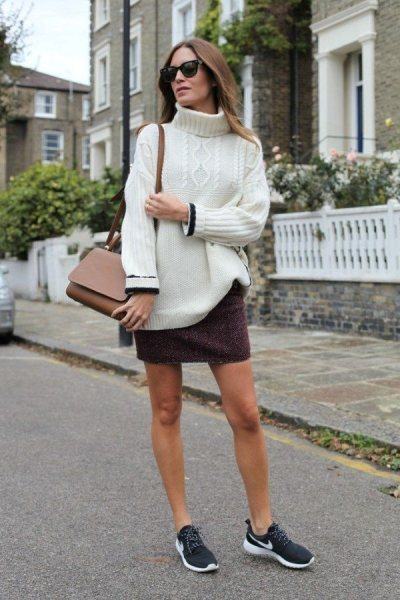 Если вы так носите юбку и свитер, значит вы знаете толк в трендах: 15 примеров