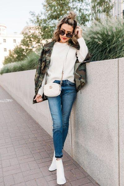 Тренд осени — белые ботильоны: 7 способов носить так, чтобы все оборачивались вслед
