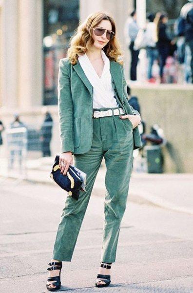 5 идей, как обновить осенний гардероб и сделать брюки из вельвета вещью №1