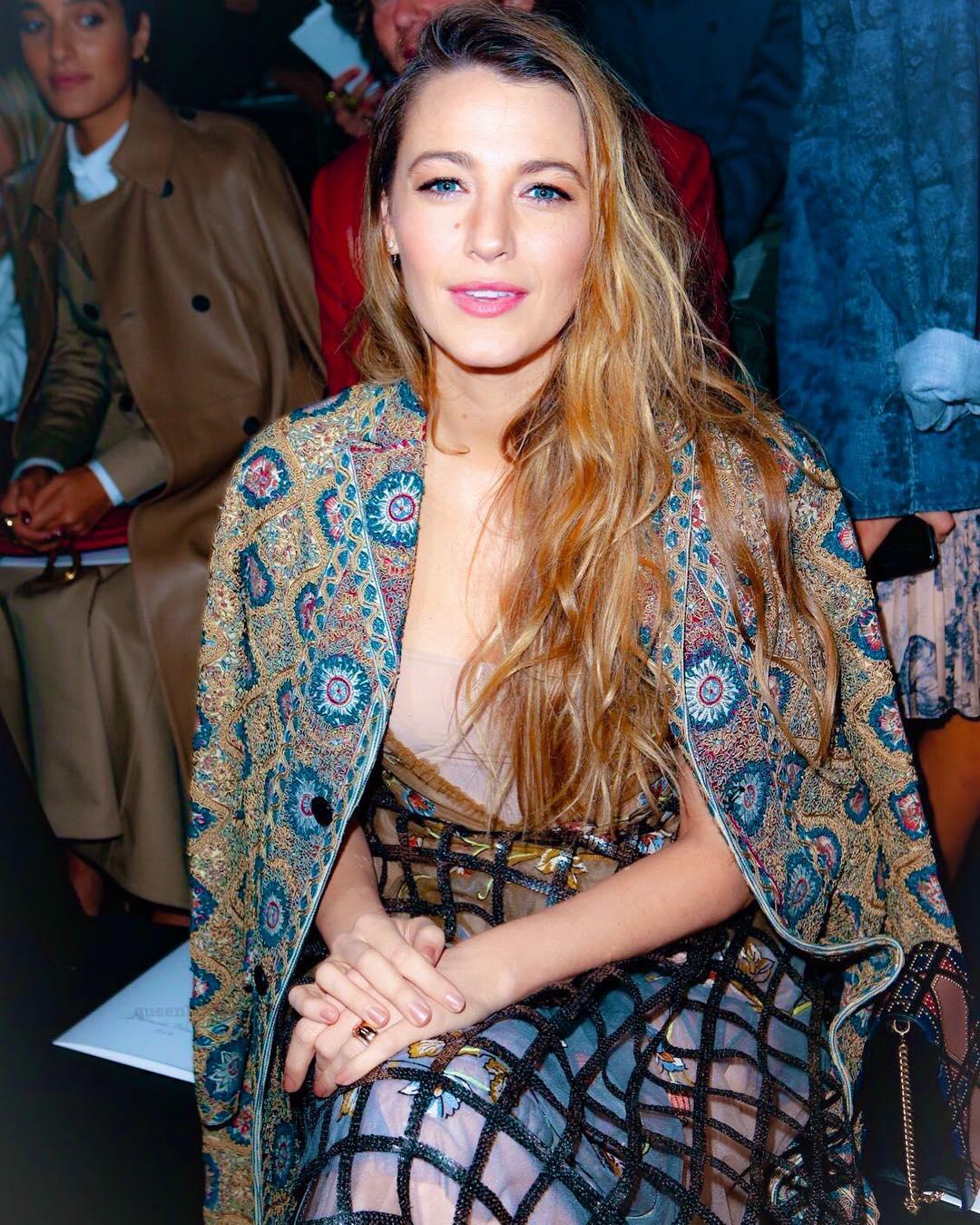 Шикарное платье Блейк Лайвли затмило всех моделей на показе Dior