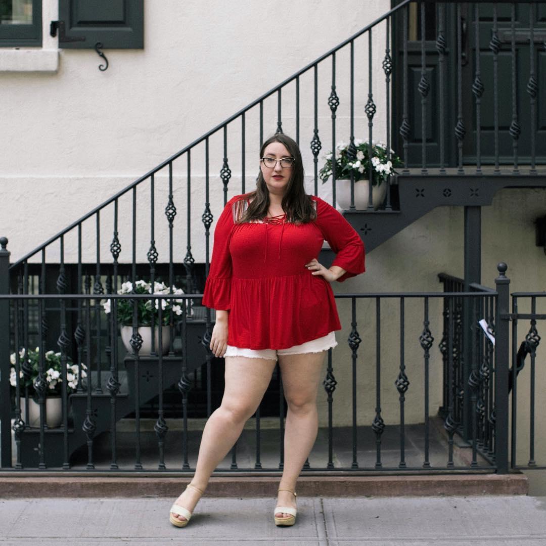 Как не надо одеваться полным девушкам: ТОП-5 ошибок известных блогеров