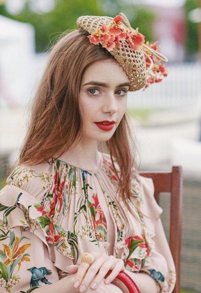 Вот какое платье точно красит женщину: фанаты в восторге от образа Лили Коллинз
